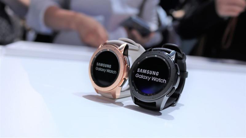 Apple Watch Series 4 vs Samsung Galaxy Watch