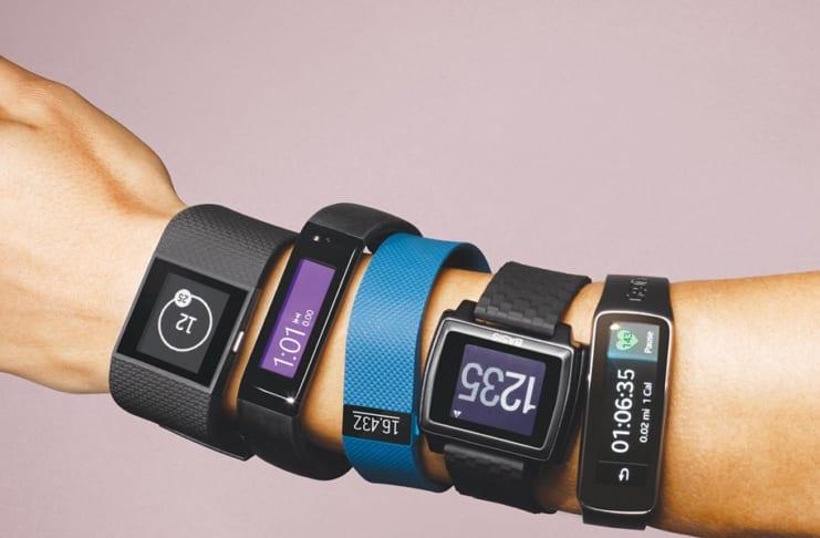Phân biệt Smartwatch và Fitness Tracker
