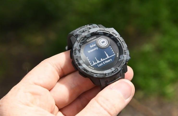 Đồng hồ Garmin Instinct Solar