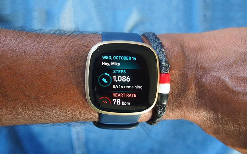 Đồng hồ Fitbit Versa 3
